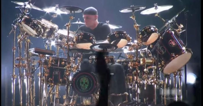 Neil Peart / Captura de Pantalla video de Youtube RushWire